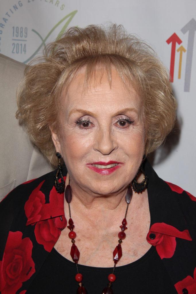 Actress Doris Roberts Has Died Aged 90 Thegayuk