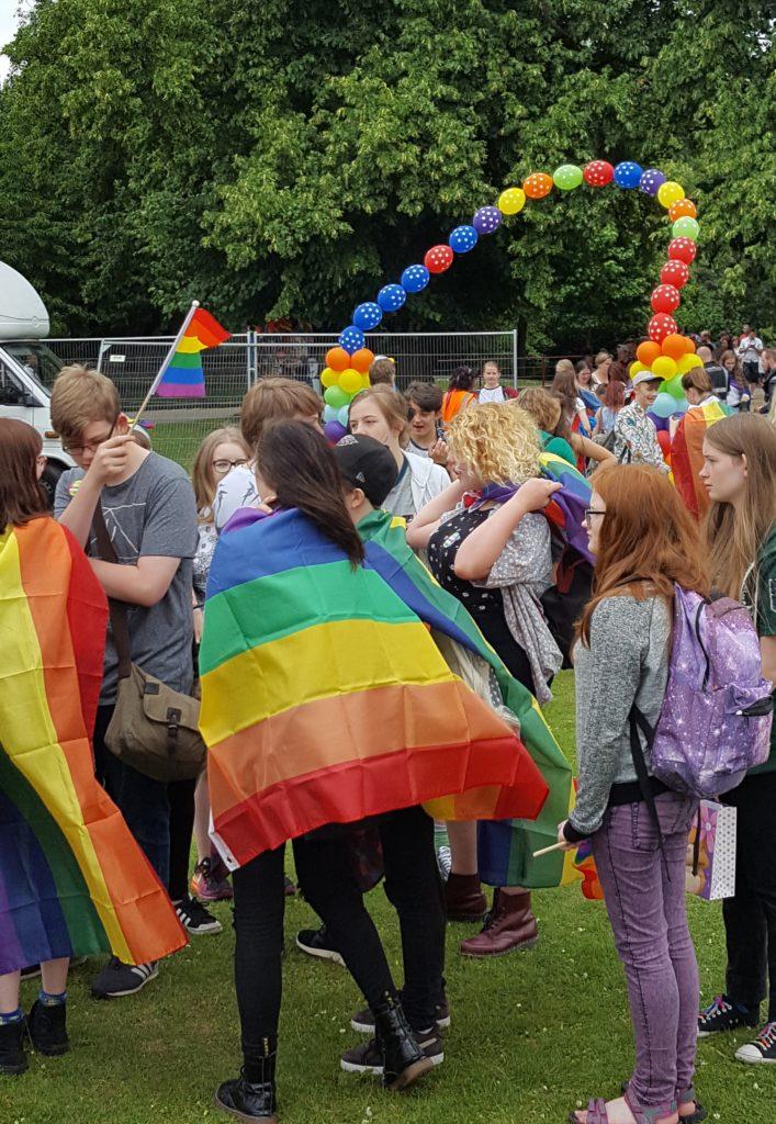 2016 Nissan Warwick >> Warwick Council refuses to fly LGBT rainbow flag on Town Hall THEGAYUK