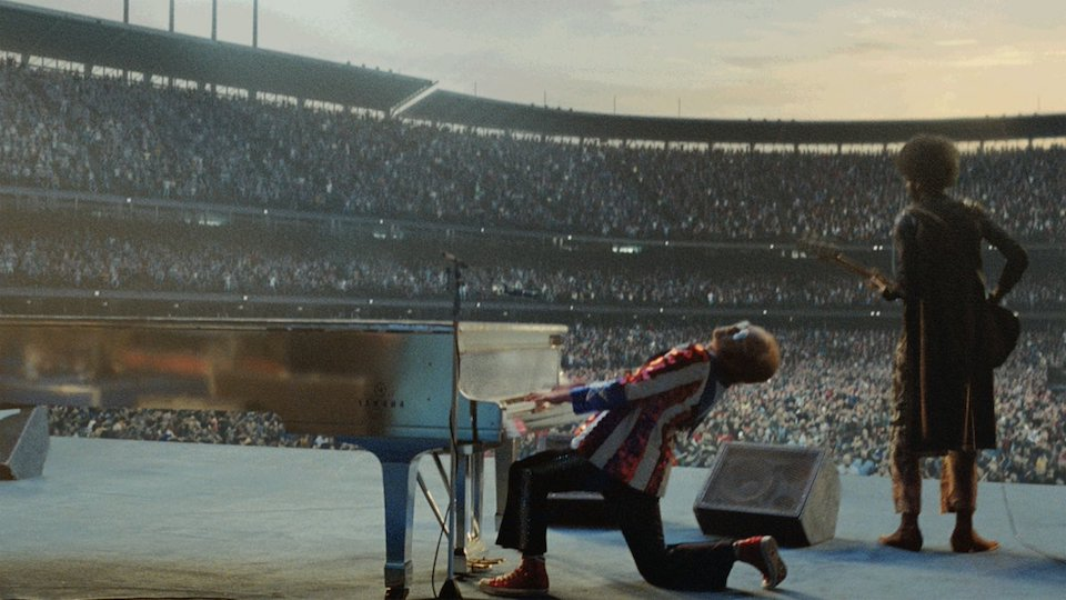 John Lewis Christmas Ad.The John Lewis Christmas Advert Is Here And It S Got Elton