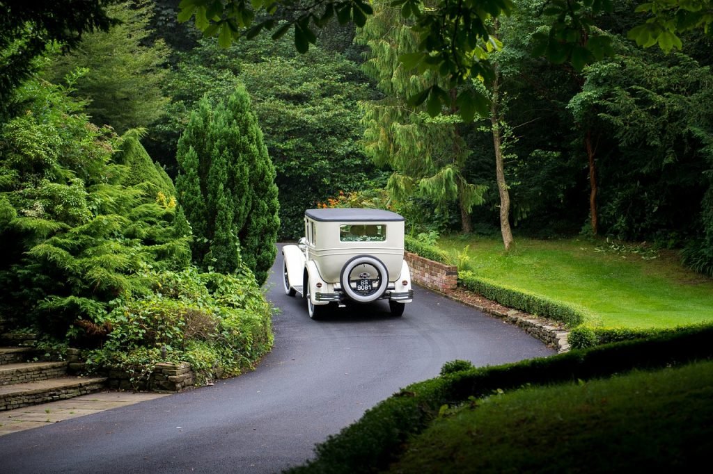 This is a list of approved and accredited car hire suppliers for wedding.